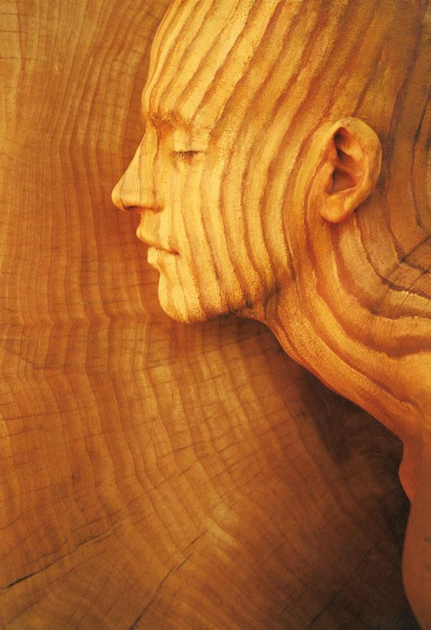 Fine-Art-BodyPainting-Nature-Inspired-By-Johannes-Stötter-Wood-01